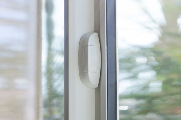 autolock window hardware